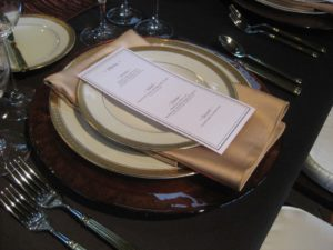 Designing A Tablescape Basics_05