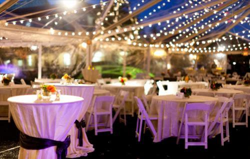 A 40u0027x100u0027 and 40u0027x50u0027 clear top tent with clear walls provide a stunning environment for this Stanford class reunion. Amber uplights around the perimeter ... & Lighted Clear Top Tent | Stuart Event Rentals