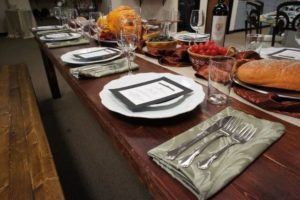 Must-Have Items for Your Thanksgiving Celebration_03