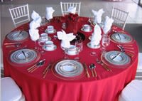 Red, Pink, White, & Black Table Settings for Valentine's Day_1