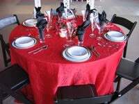 Red, Pink, White, & Black Table Settings for Valentine's Day_3
