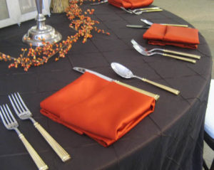 Rich & Rustic Autumn Tablescapes_4