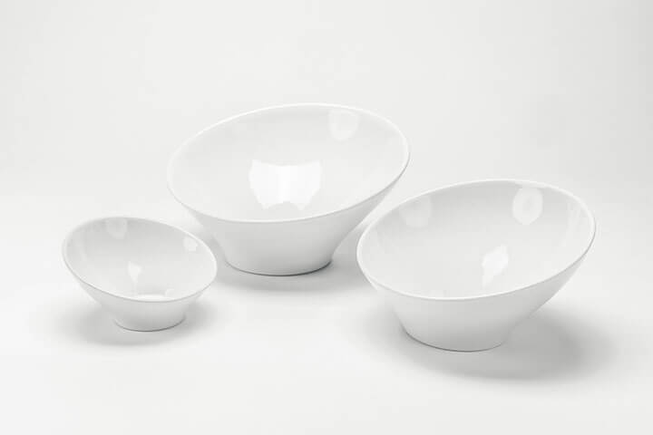 stuart-buffetserving-slantedceramicbowls-1-web