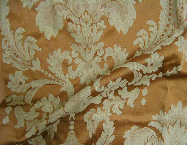 Stuart-Event-Rentals-Linen-Versailles-Gold
