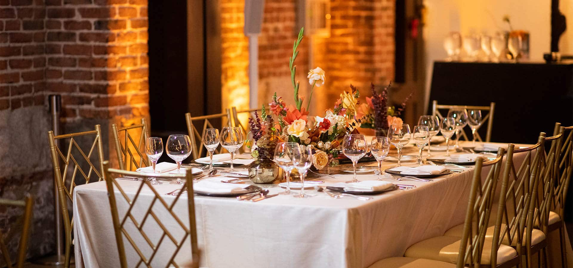 stuart rentals party table setting